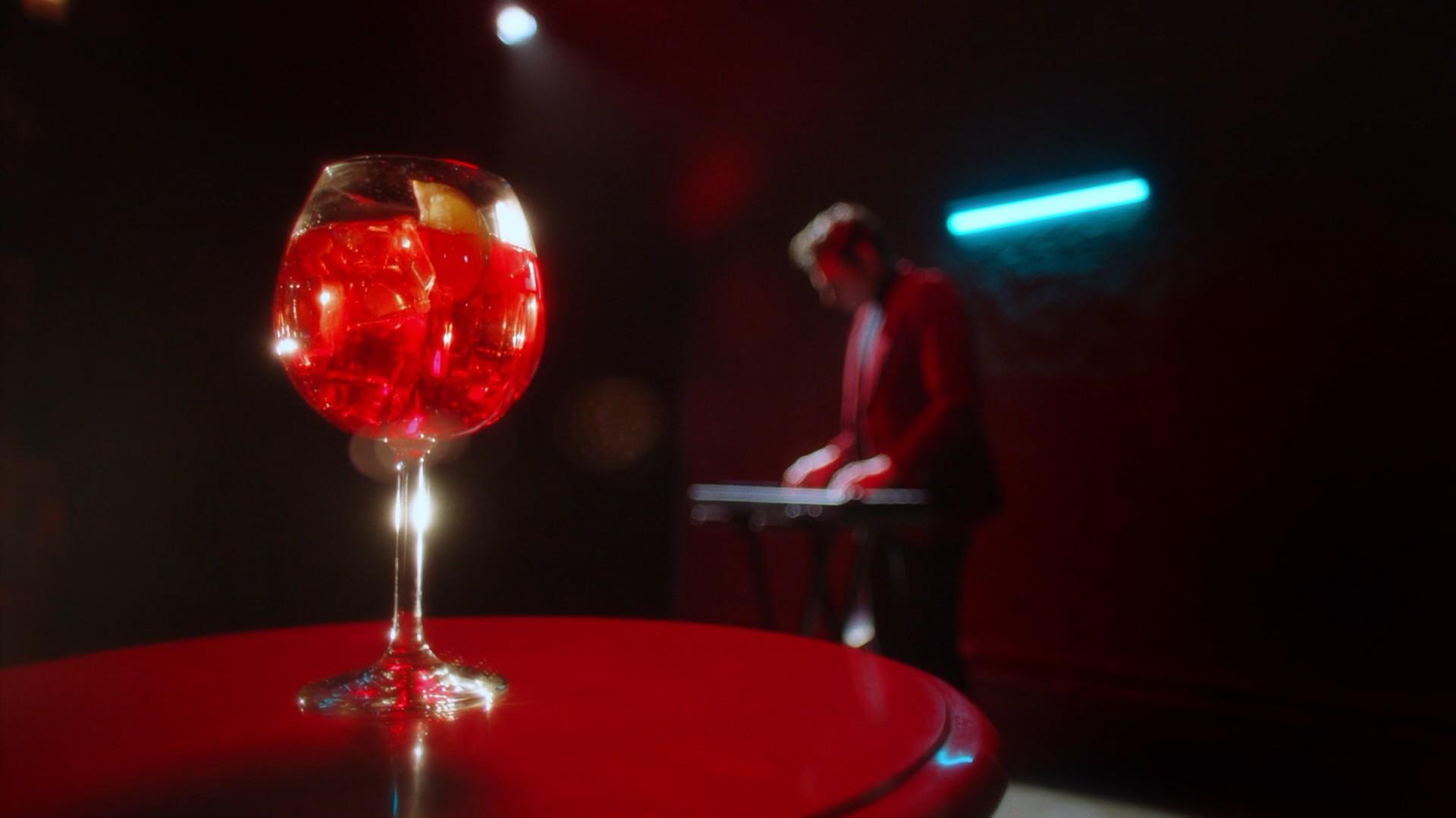 CAMPARI   Red Passion (Digital Ad)-0363