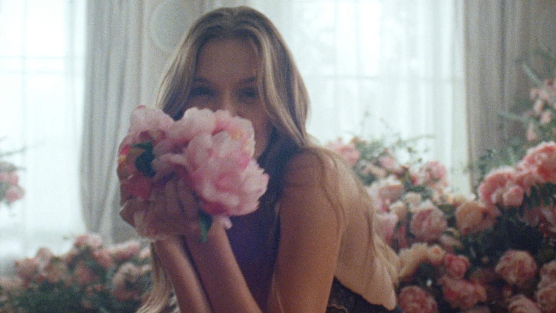 Victoria's Secret Holiday Campaign 2019 — Dir. Cut-0163